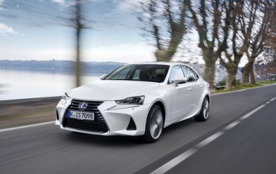 VTC en Lexus IS 300h Full Hybrid